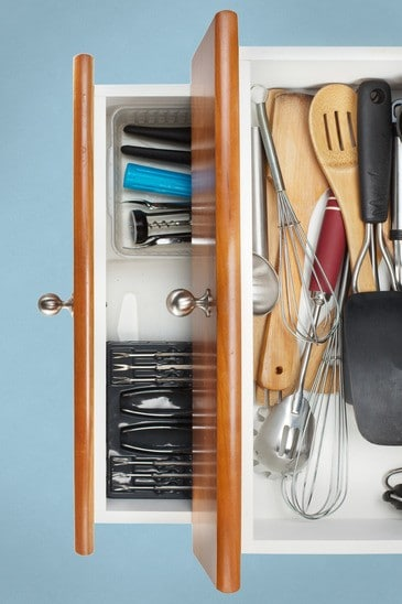photodune-2866153-organized-kitchen-drawers-xs